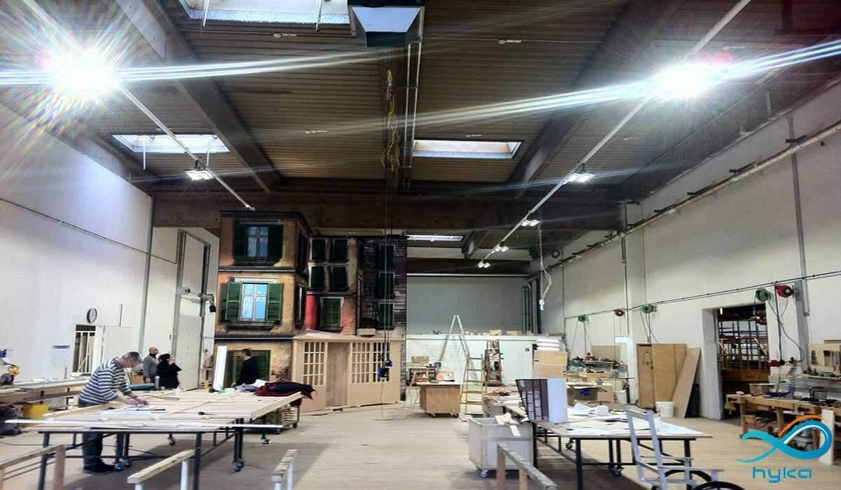 در کارگاه از چه پروژکتور روشنایی استفاده کنم