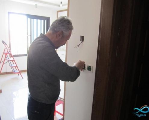 اموزش نصب کلید لمسی پارمیس