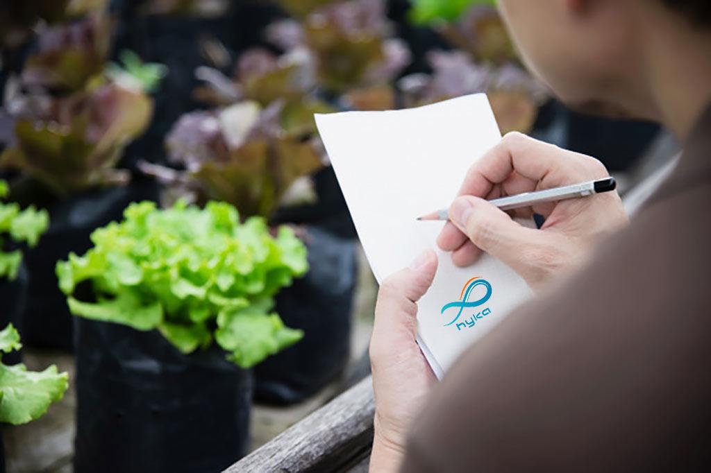 عملکرد گلخانه هوشمند